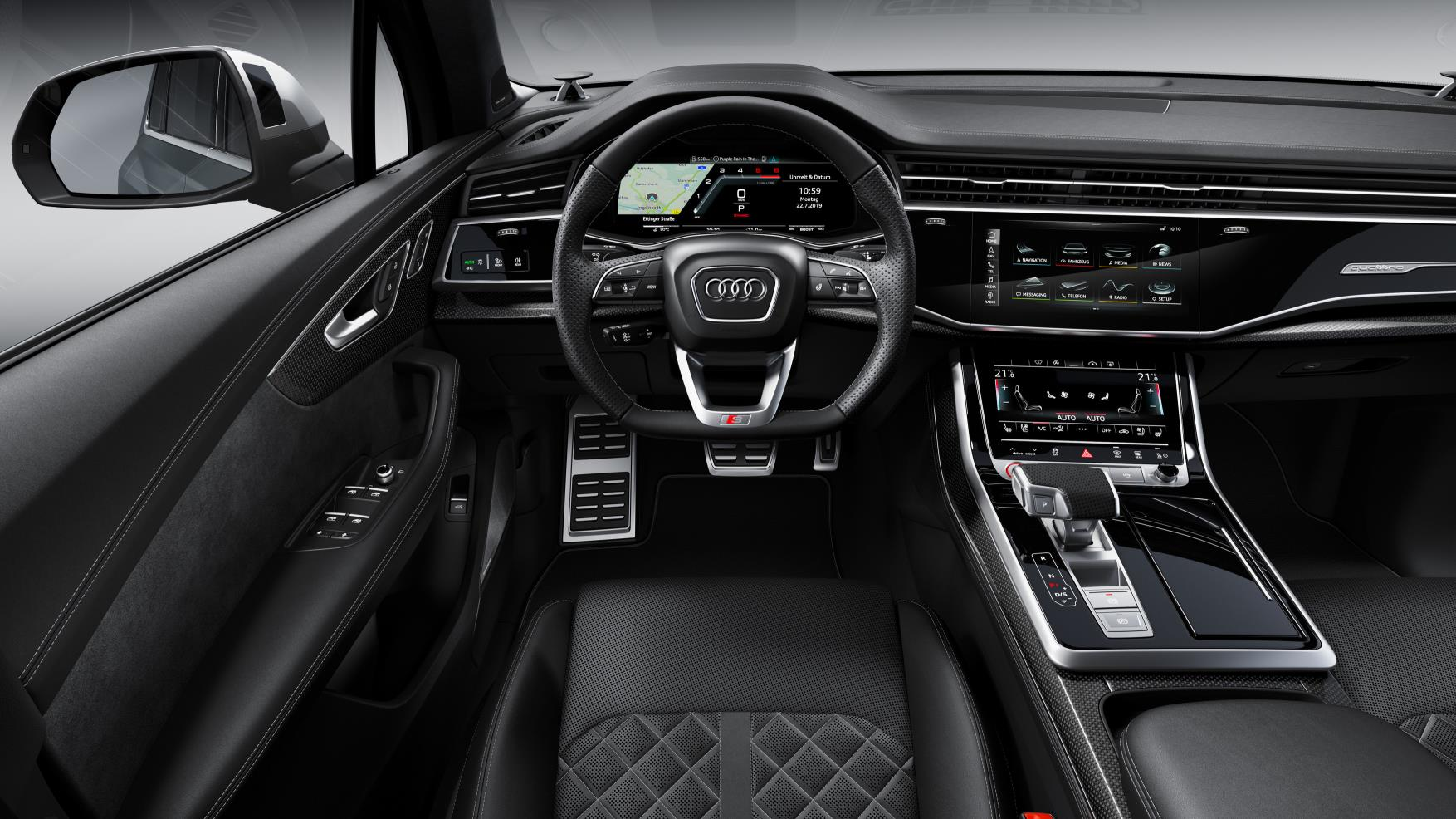 The SQ7 features a new twin-screen infotainment setup