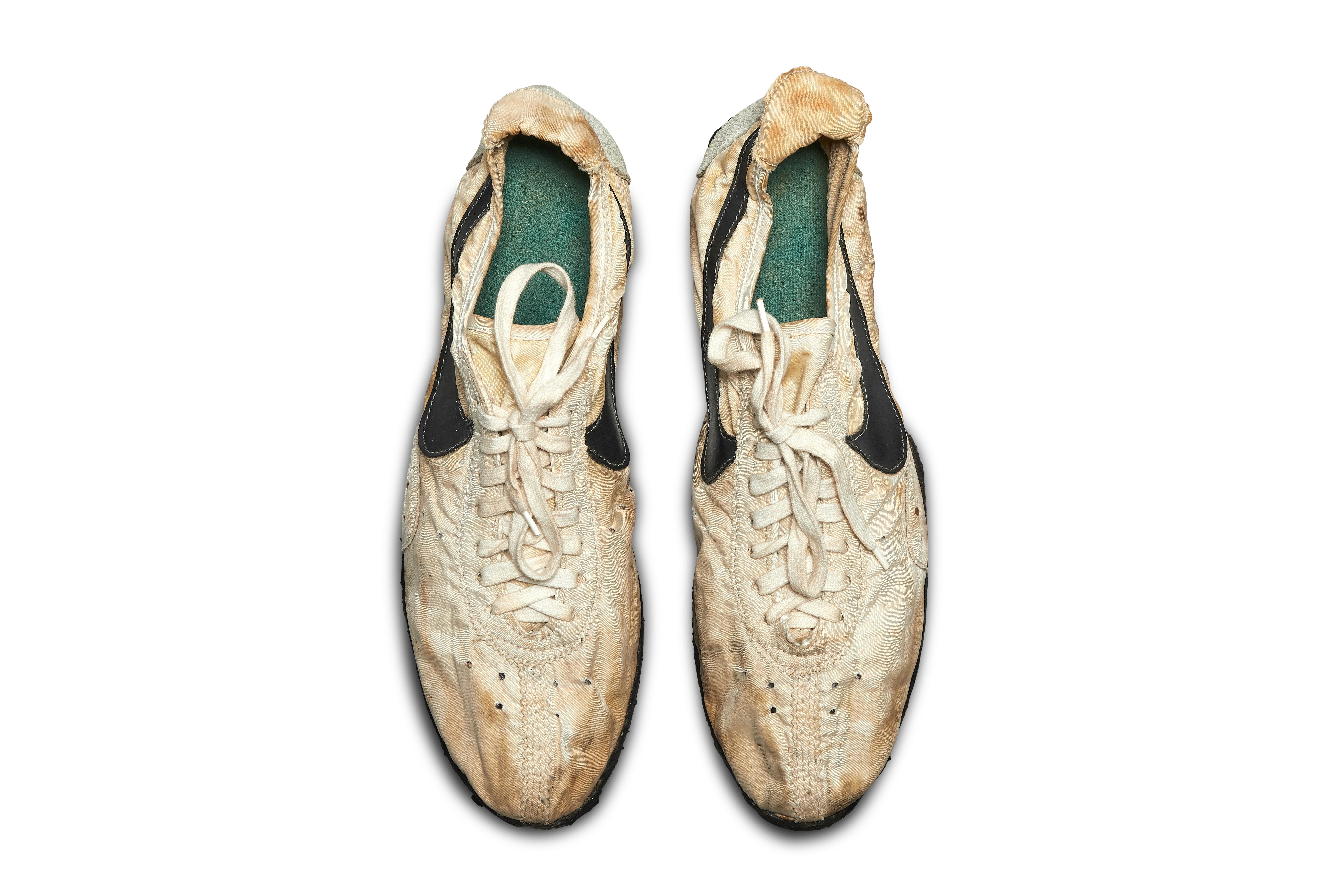 innovative design 05f5c e96e6 Rare Nike running shoes sell for 437,500 dollars ...