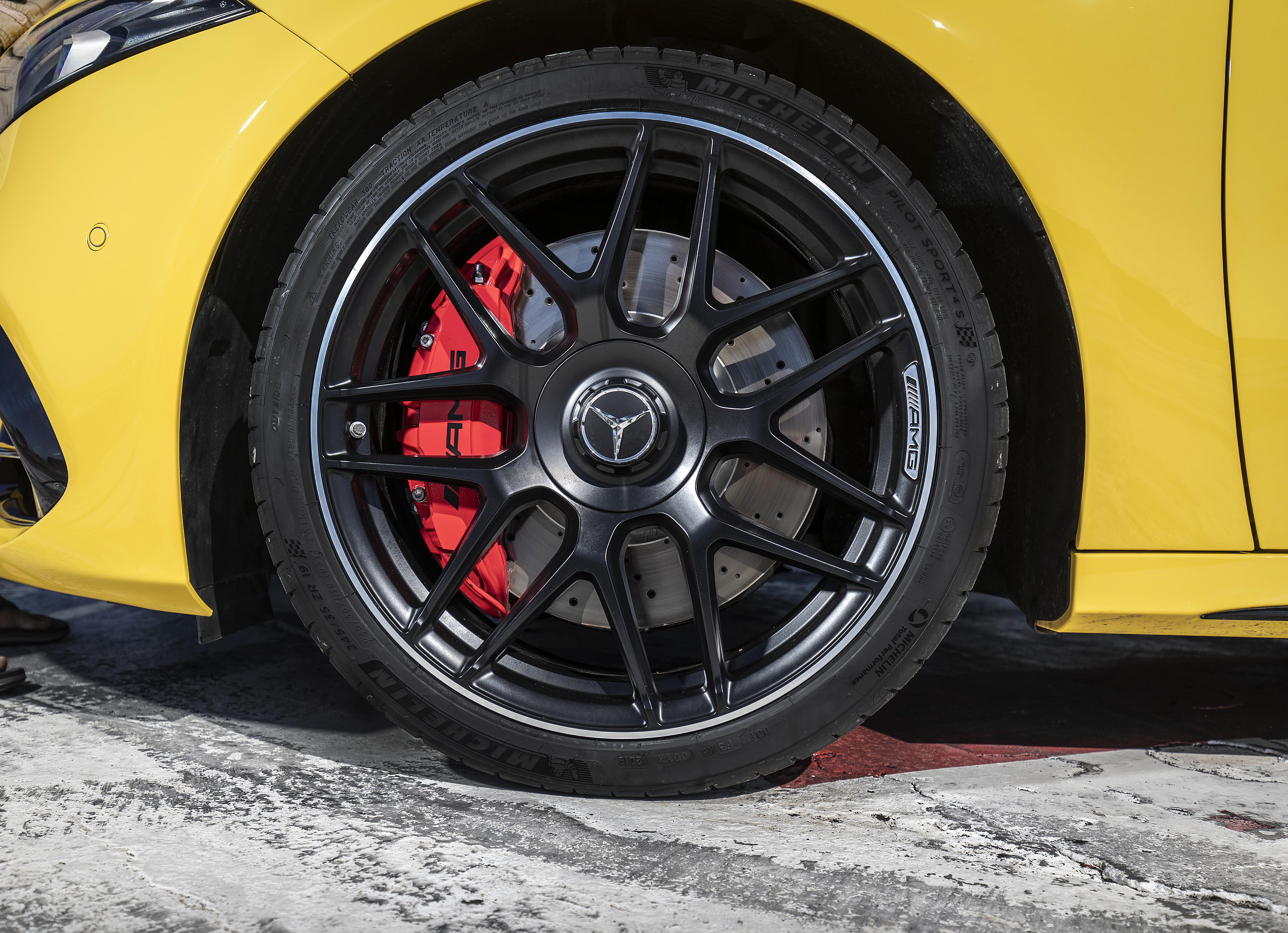 Large alloy wheels house well-sized brakes