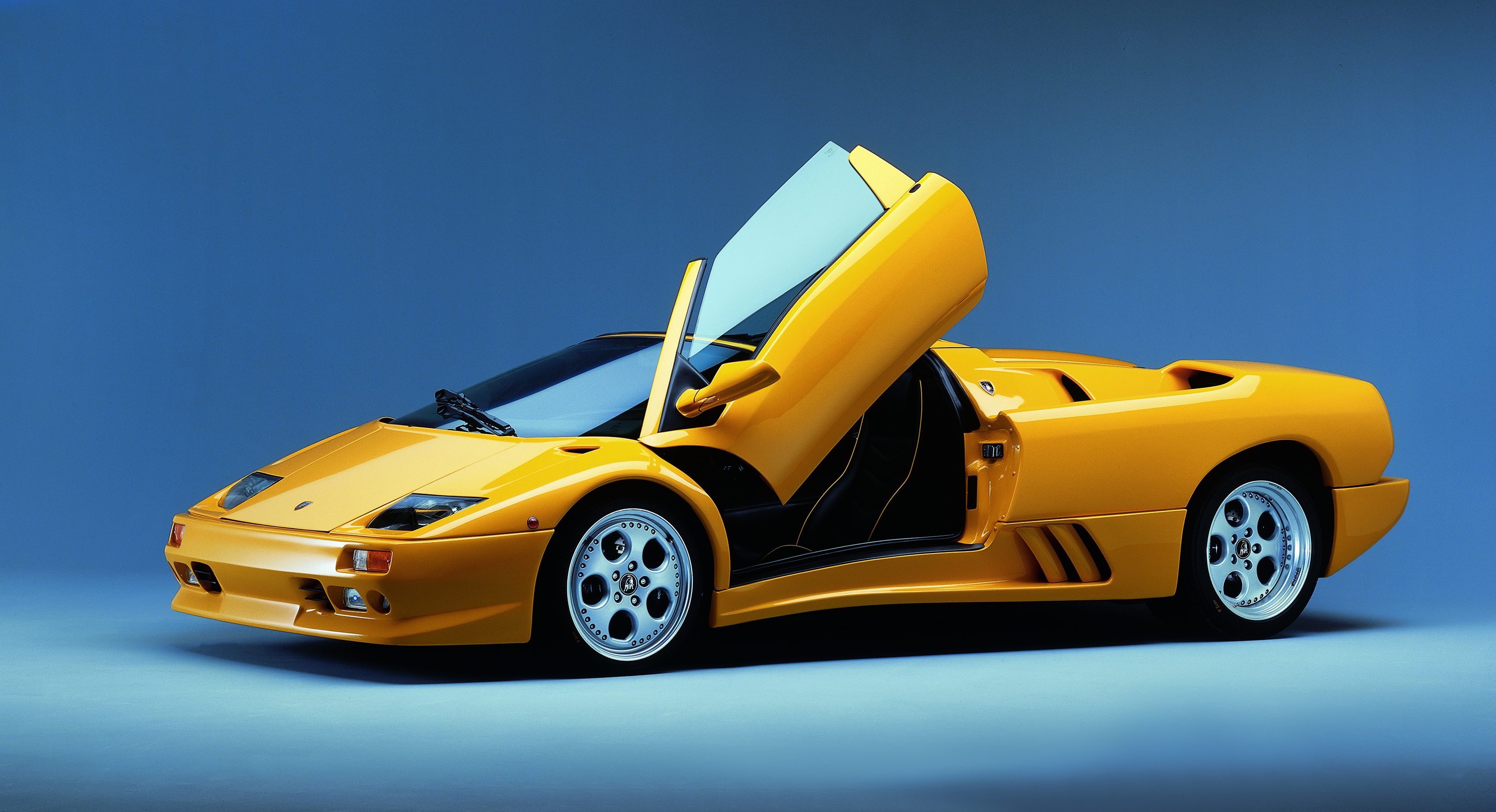 The Lamborghini Diablo became an icon of the 1990s