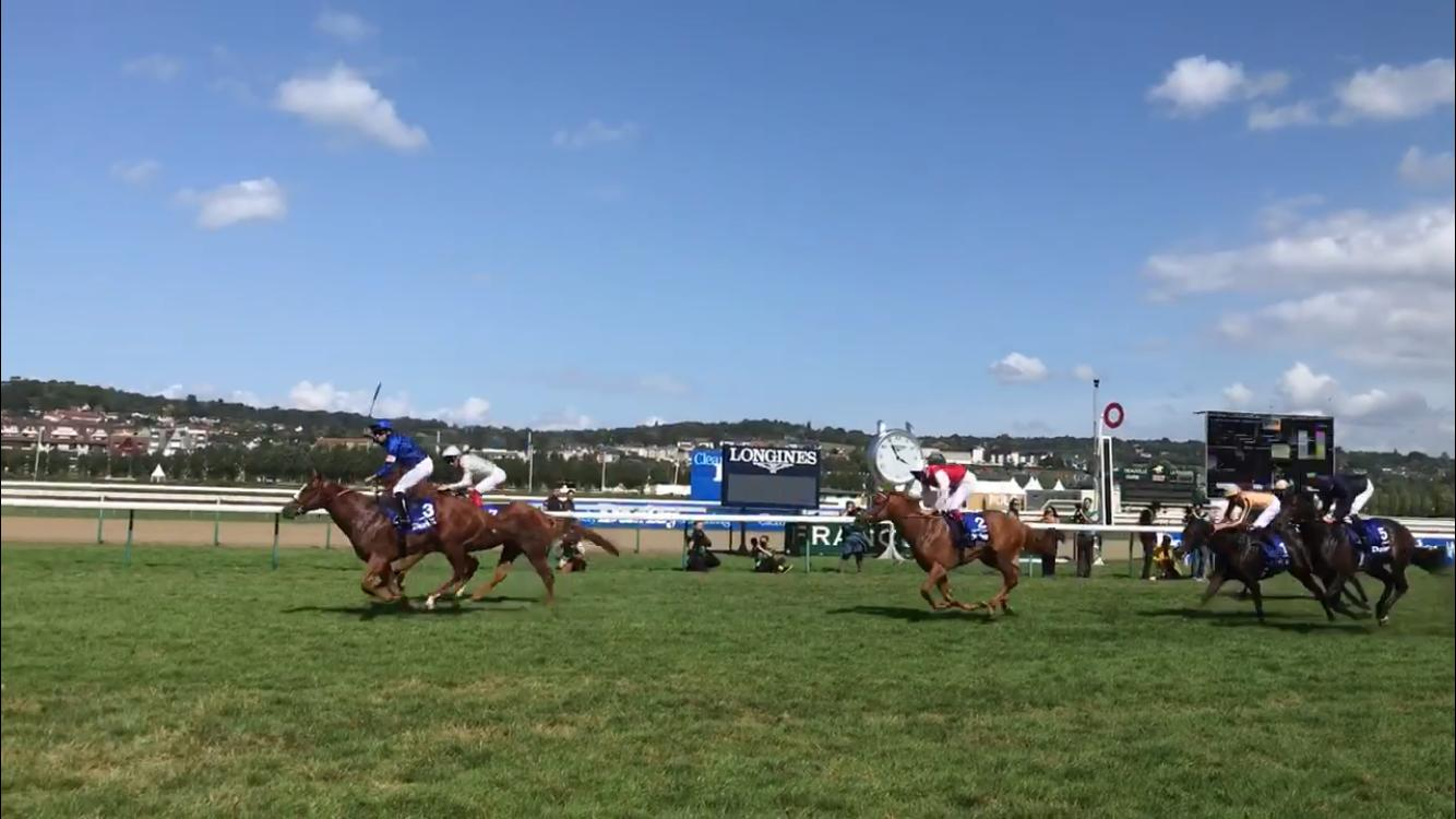 Raffle Prize was narrowly denied by Earthlight in the Prix Morny