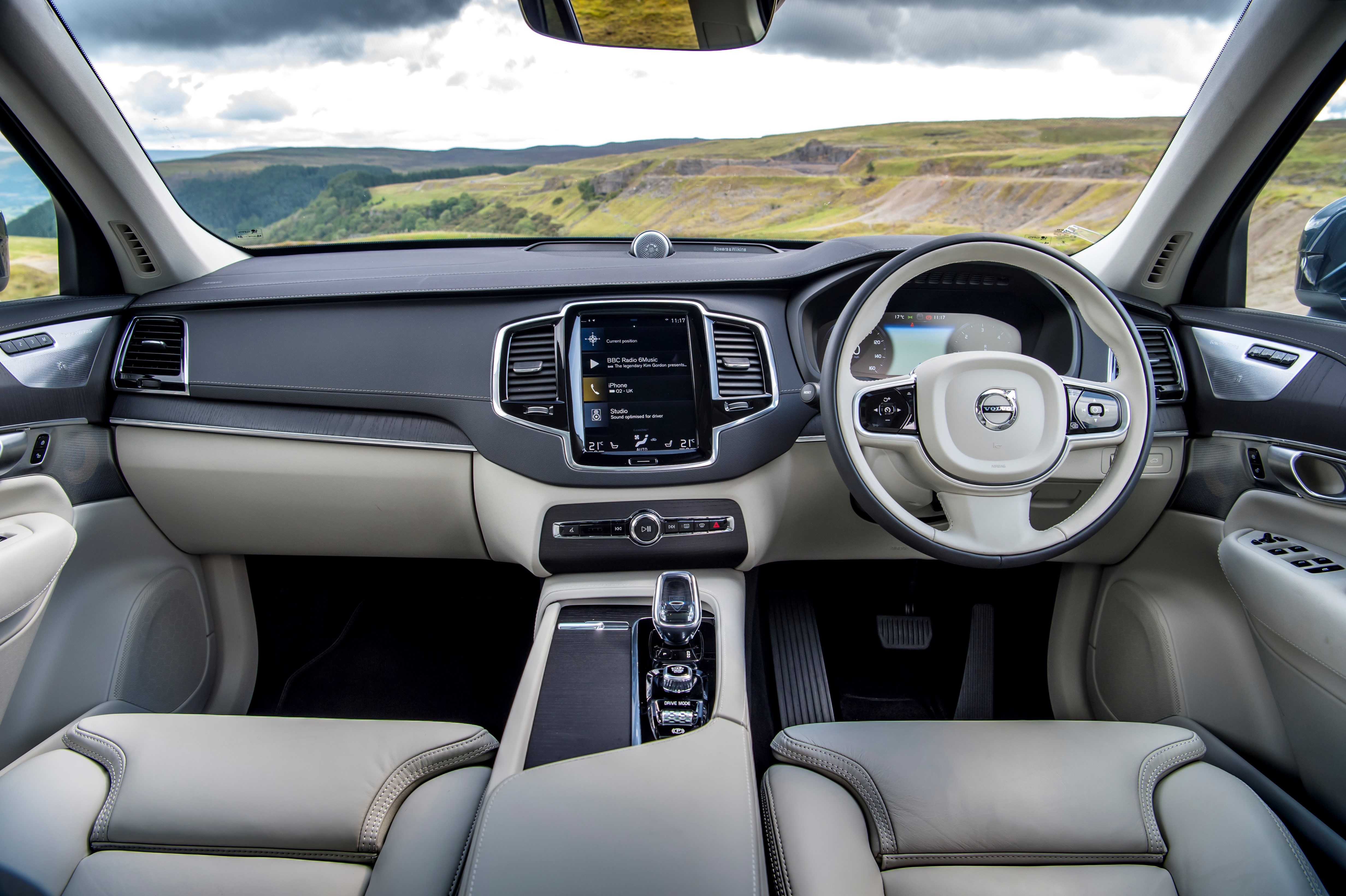 The interior of the XC90 is finished to a high specification