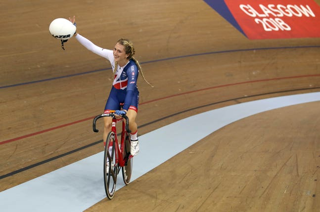 Great Britain's Laura Kenny celebrates winning gold in the women's elimination race at the 2018 European Championships