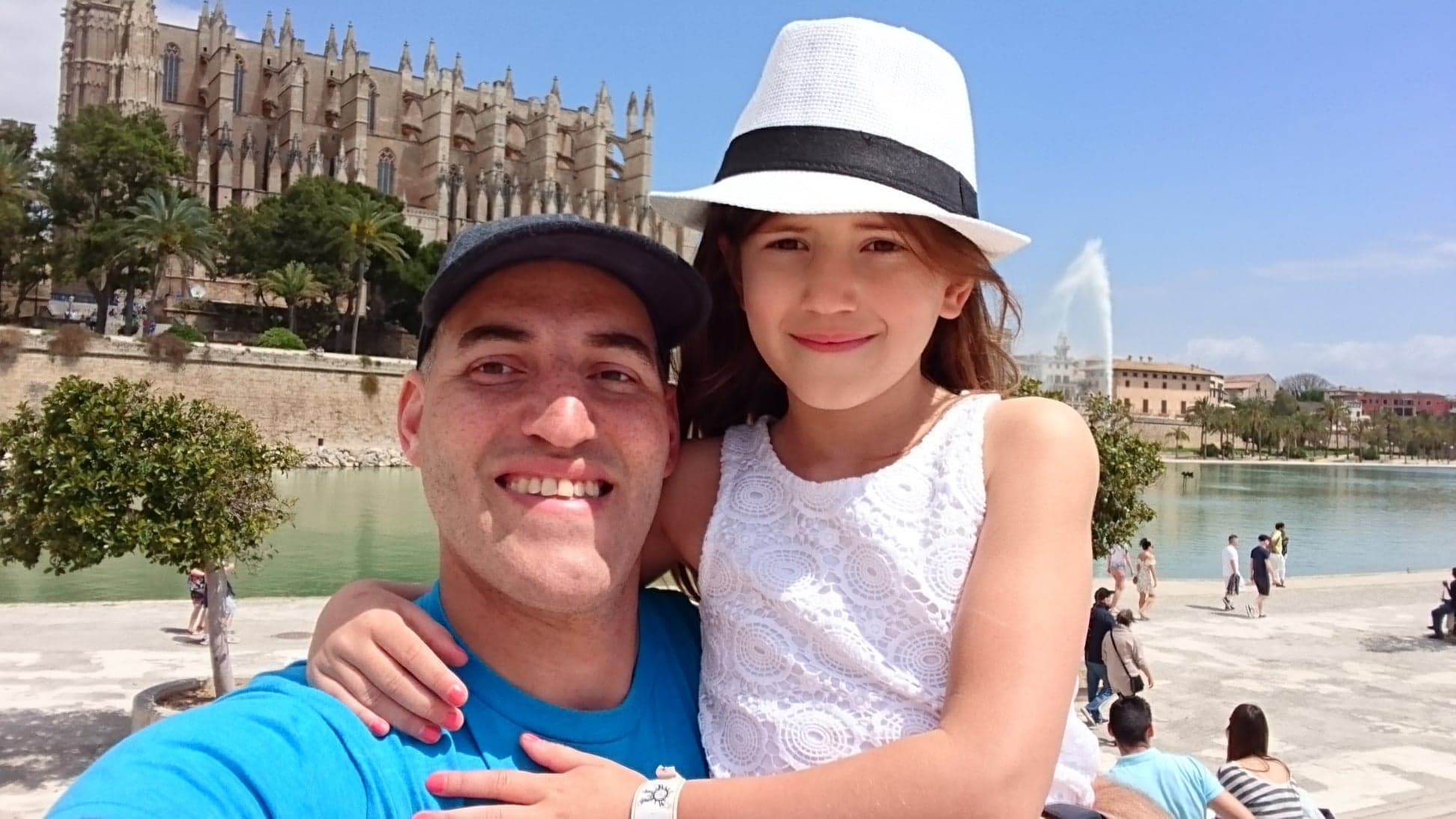 Gary Davies on holiday with his daughter Eva, who gave out letters and chocolate to emergency workers in Chorley