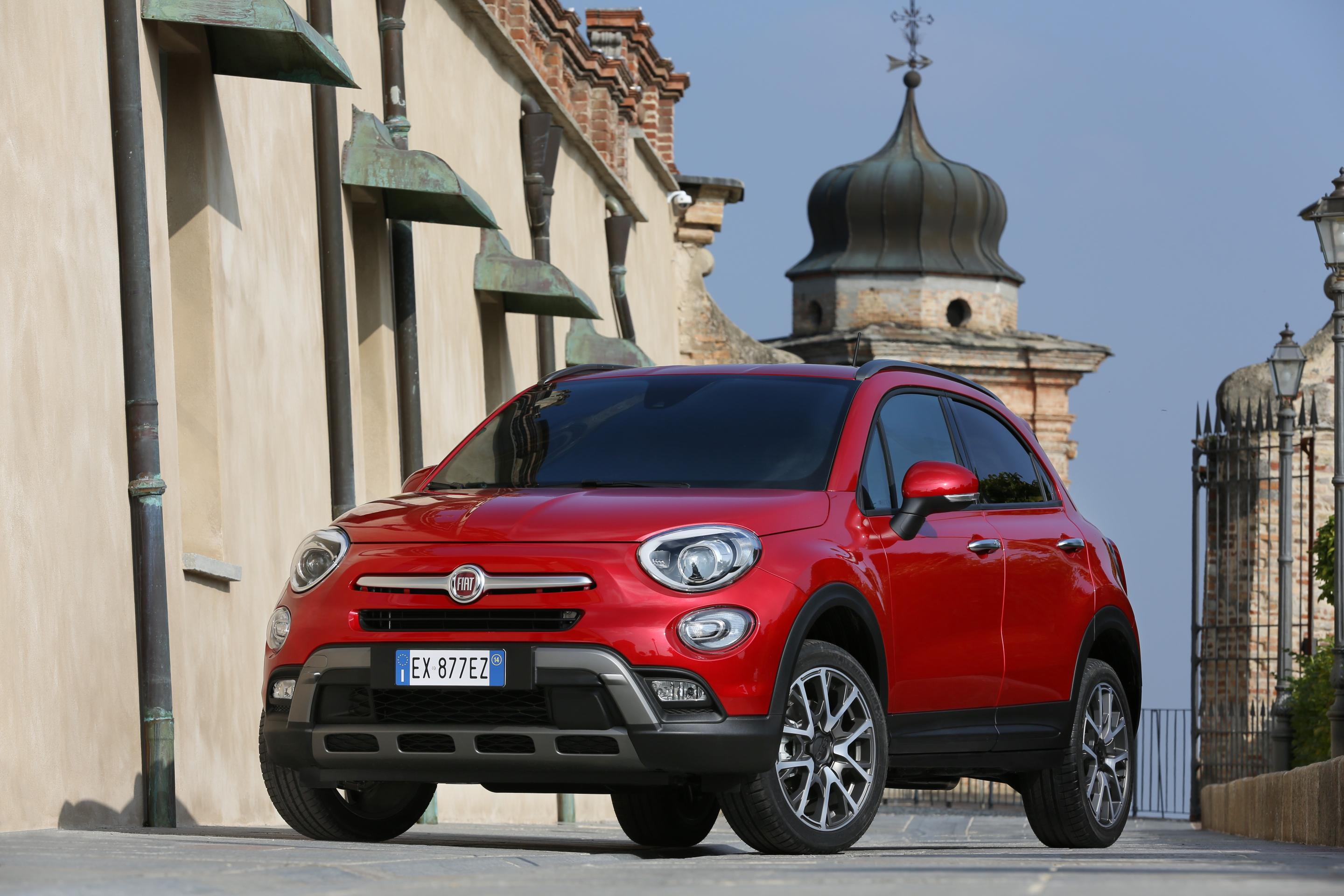 Fiat's 500X gets looks inspired by the smaller 500