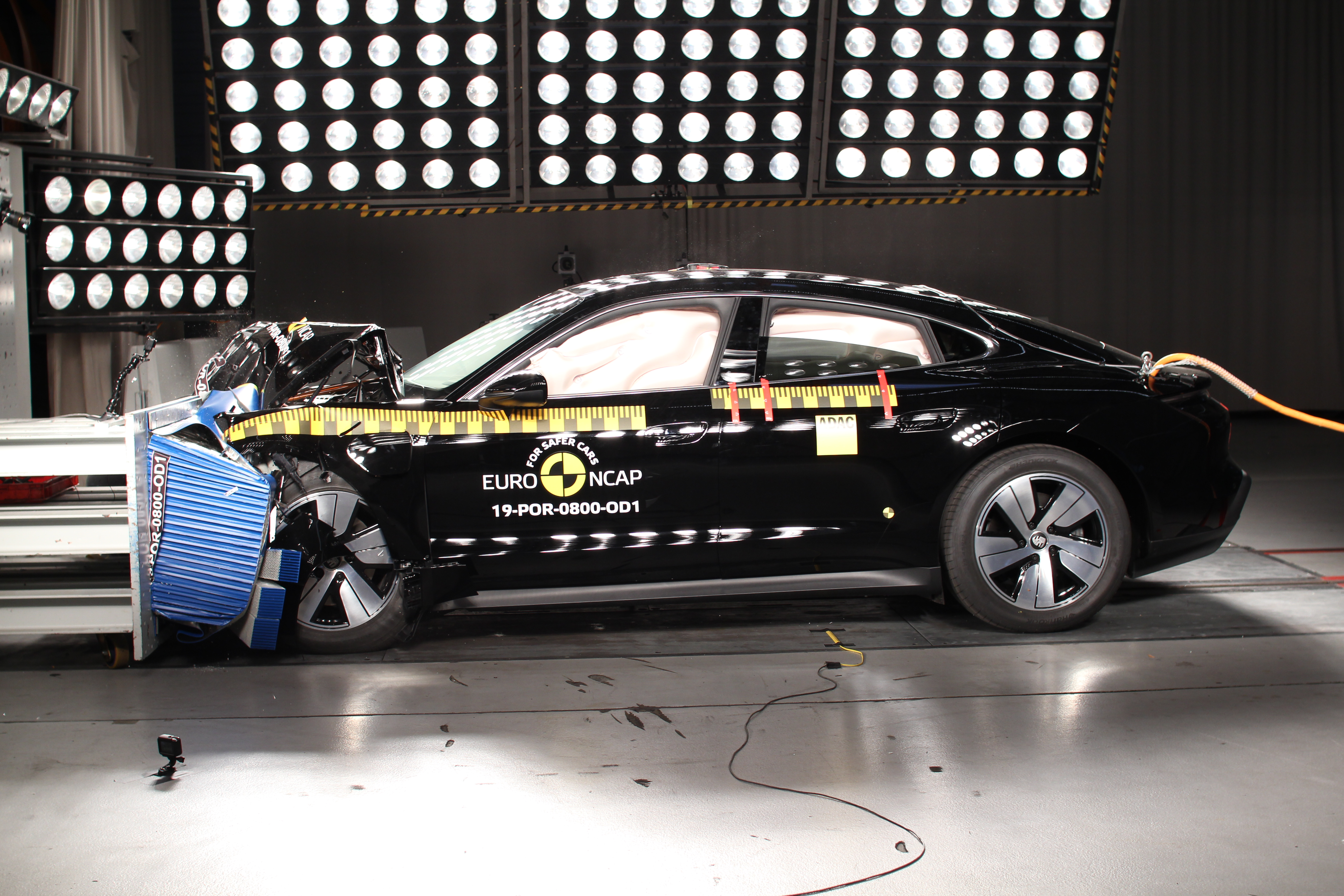 The Porsche Taycan also scored a full five stars