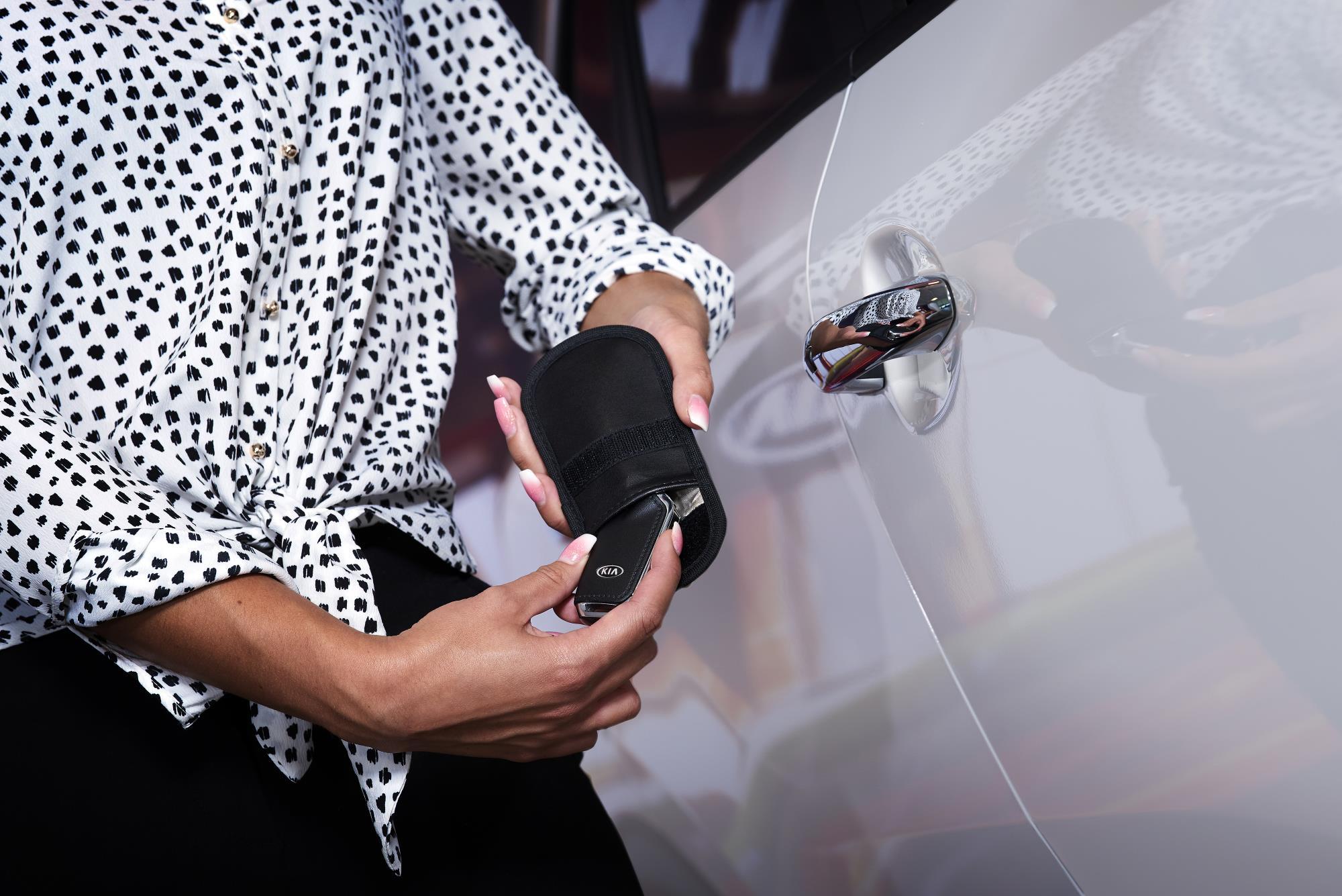 A faraday pouch blocks a key's signal