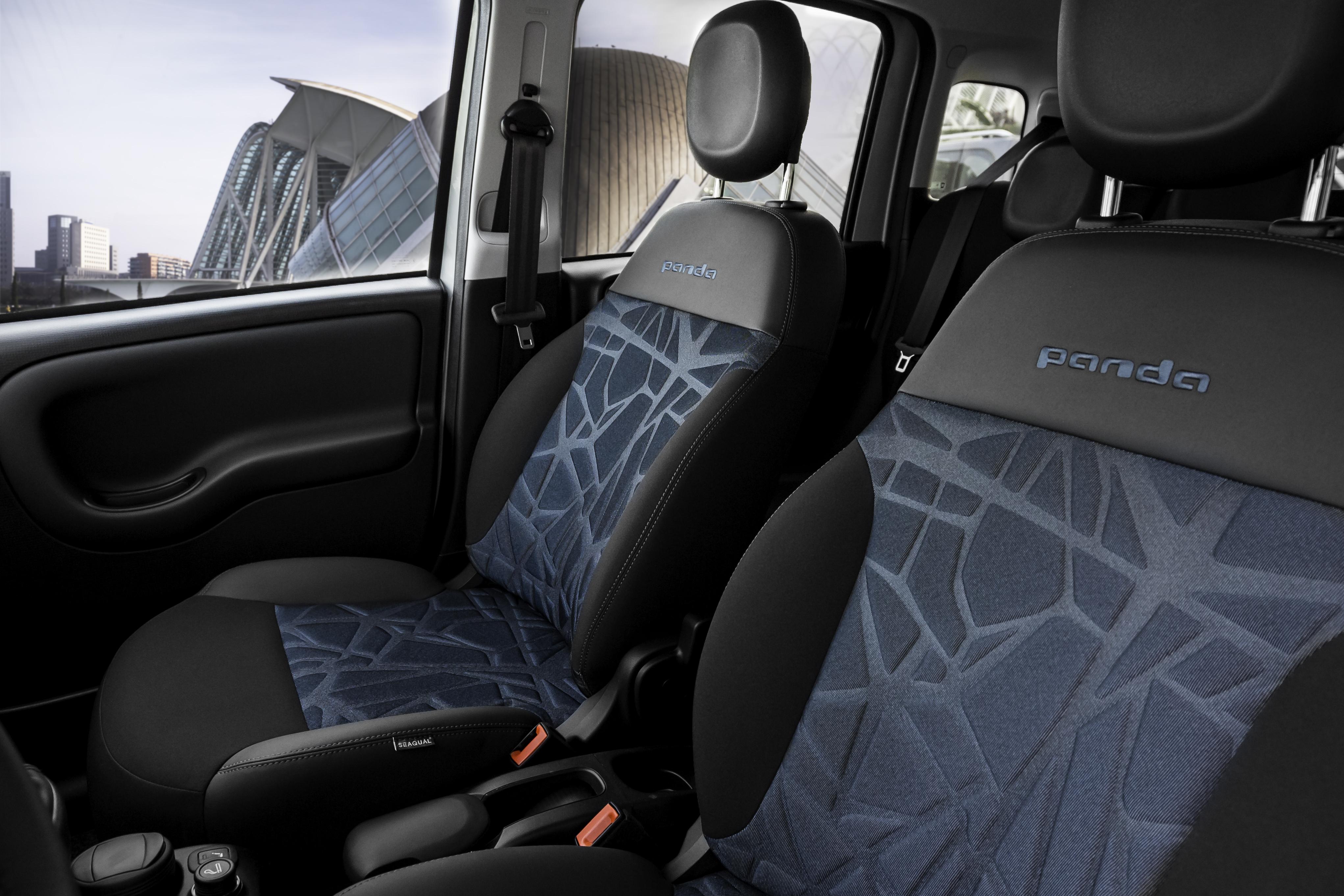 Fiat Panda Hybrid Interior