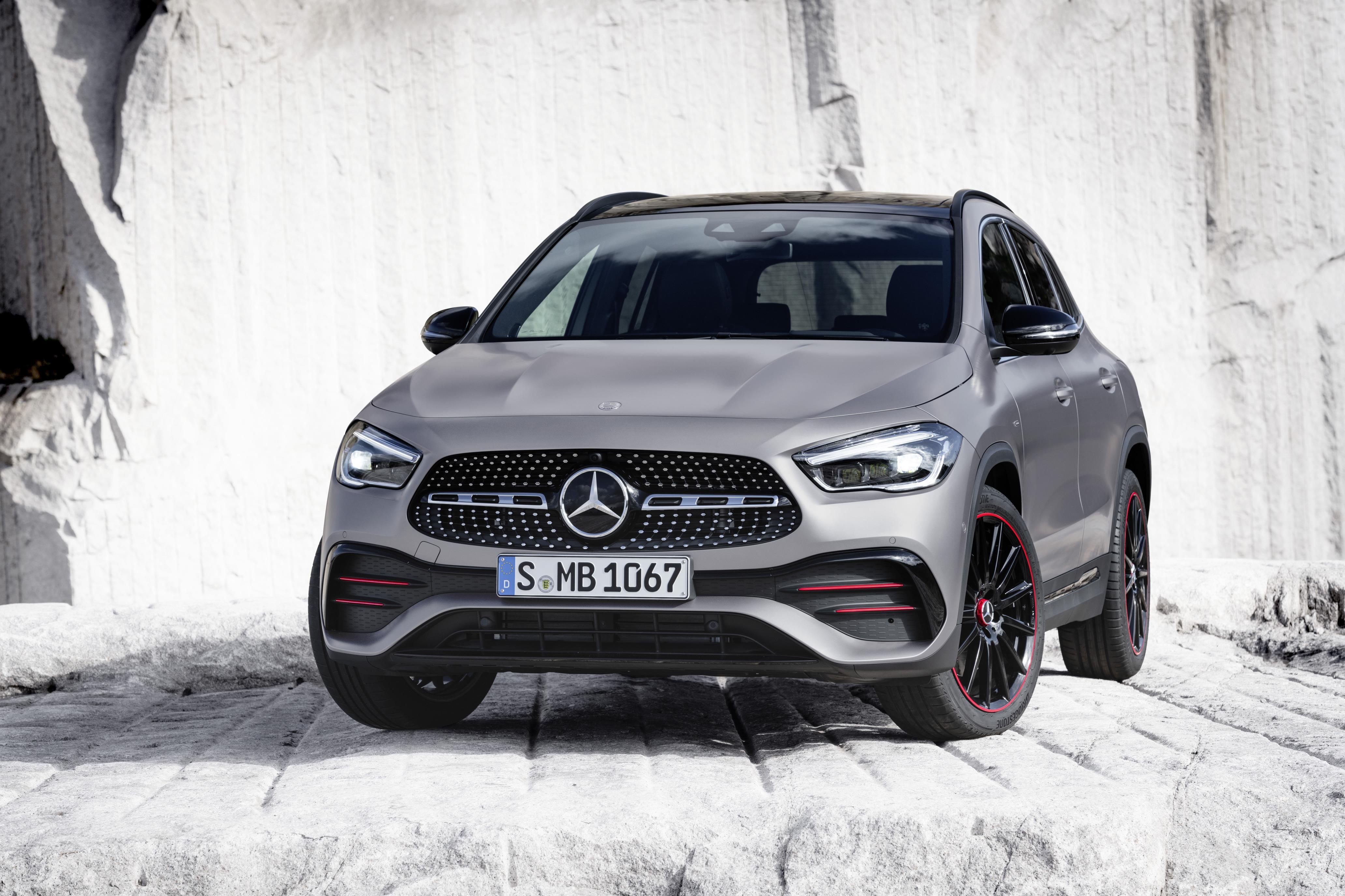 Mercedes-Benz GLA exterior