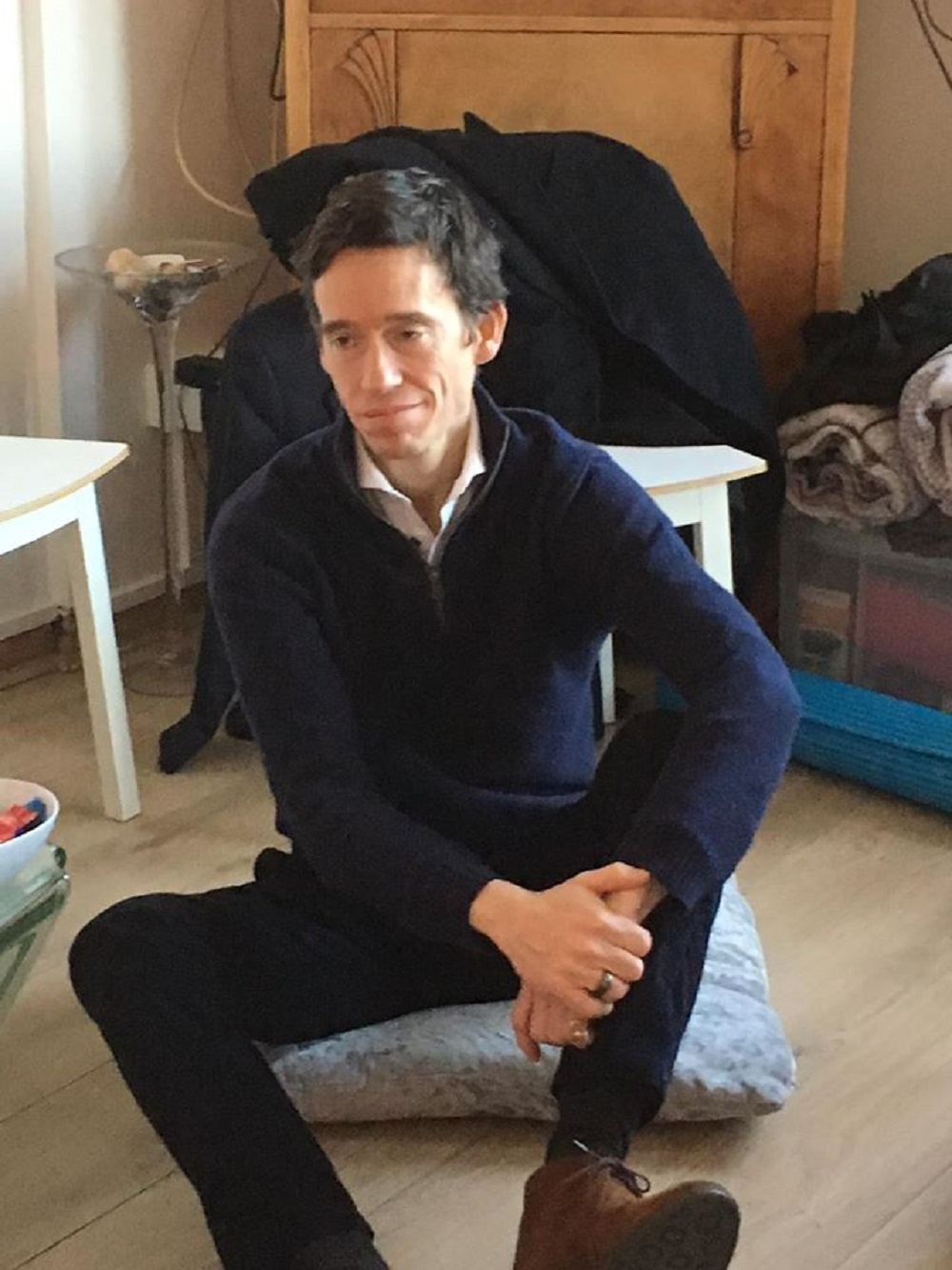 Rory Stewart camps on the floor of a flat in Canning Town