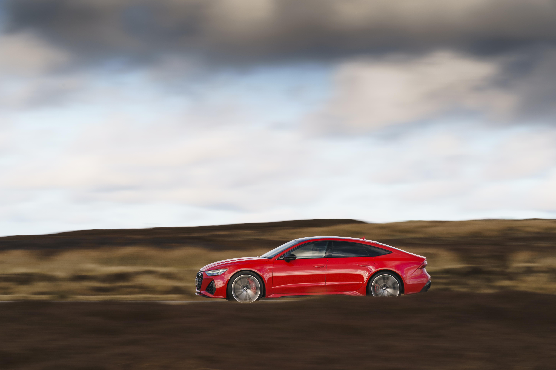 Audi RS 7 profile