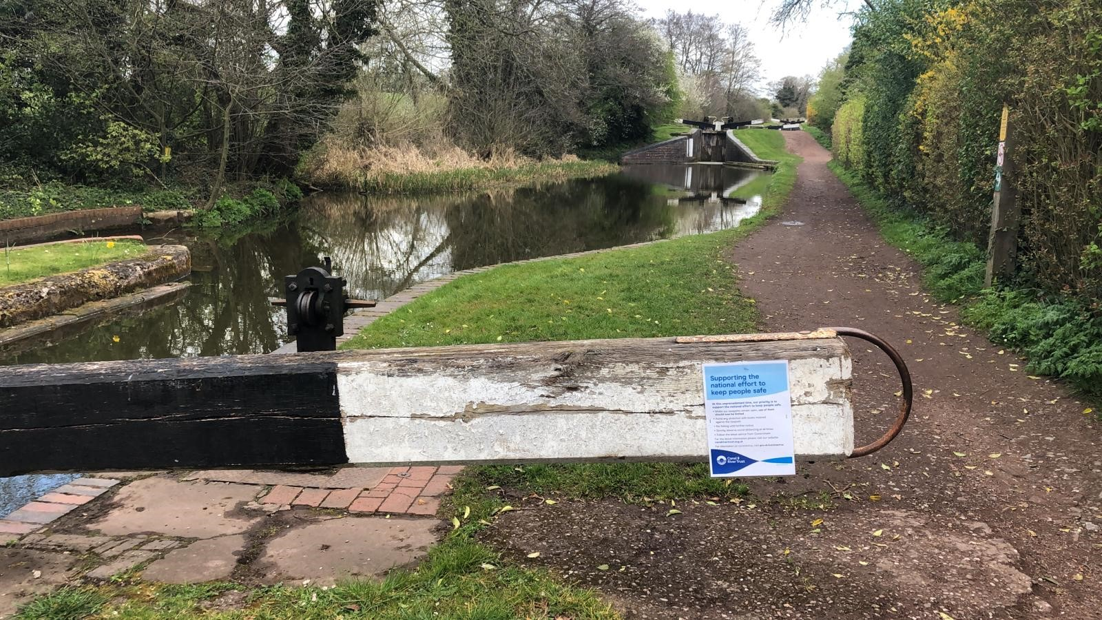 New signs on the towpath