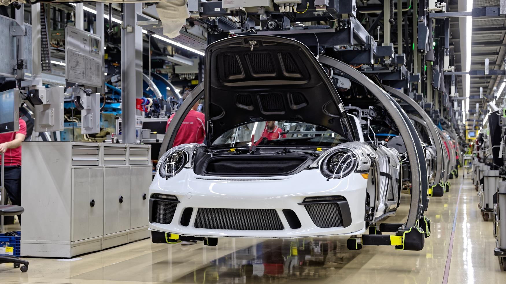 Porsche 911 production line