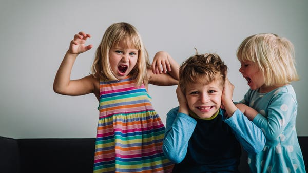 How to get young children to listen to you and stop fighting with their sibling