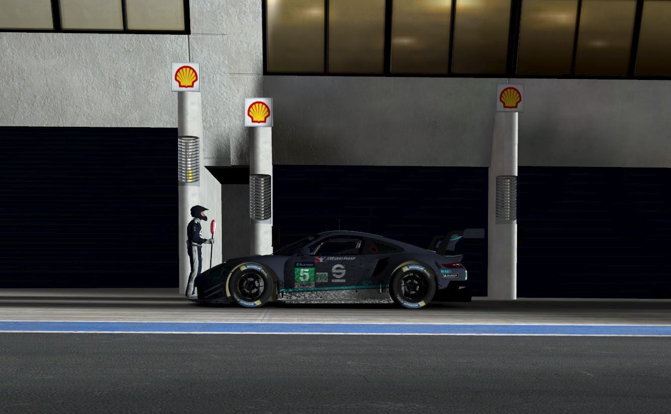 iracing – Porsche 911 RSR at Le Mans 24h