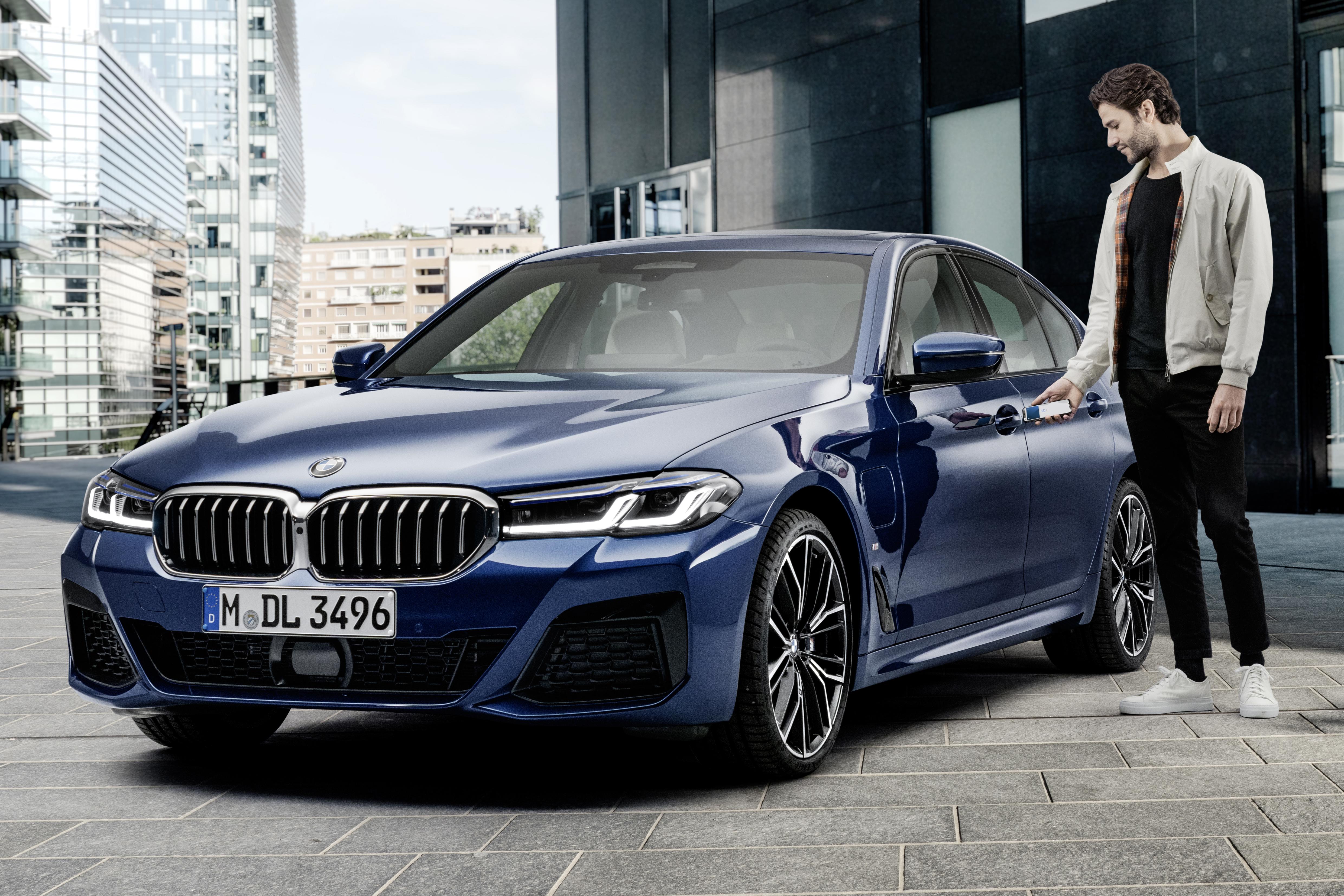 BMW Apple CarKey