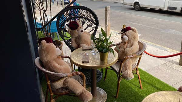 Toy bears brought in to enforce social distancing at Balham restaurant