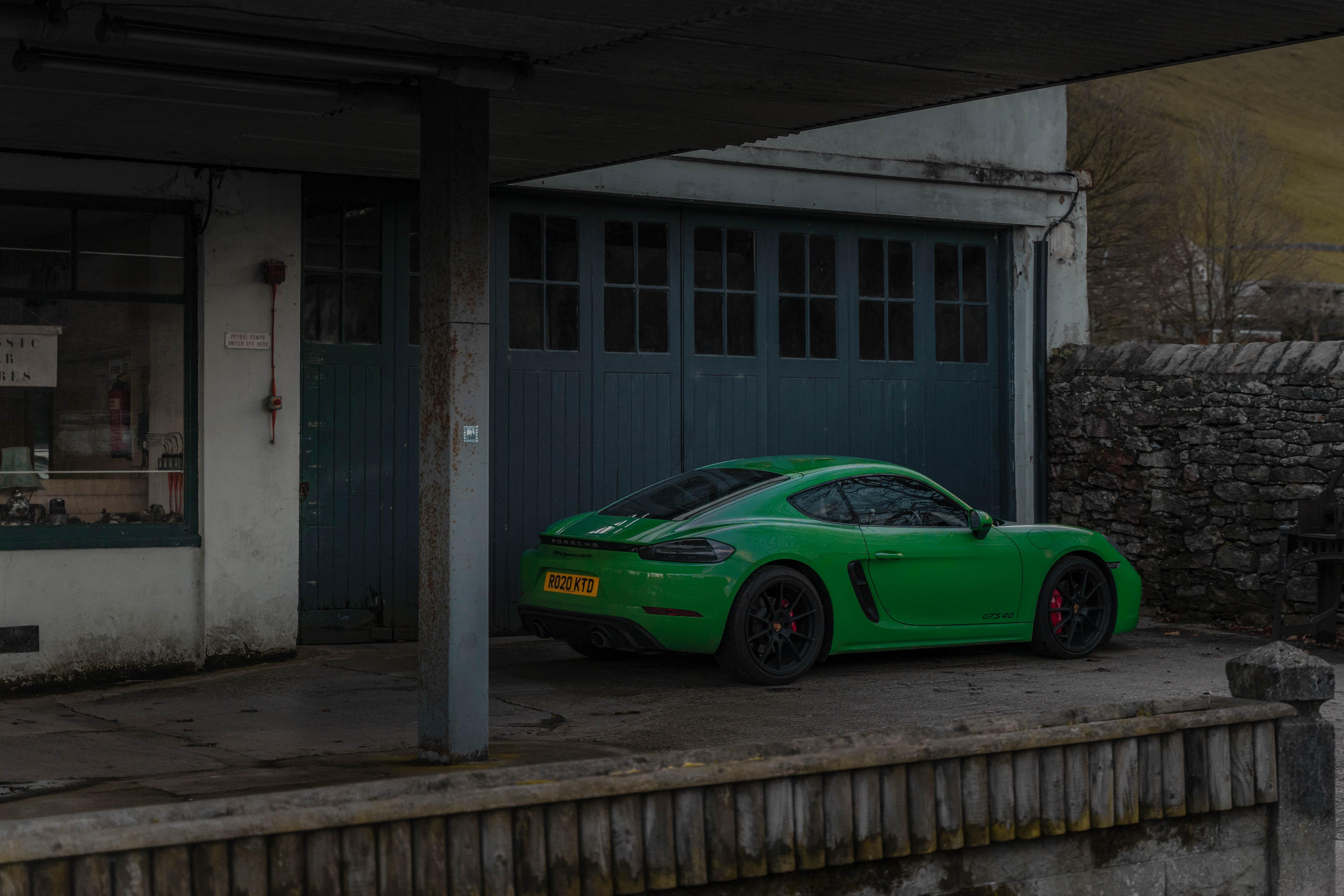 Porsche Cayman GTS 4.0