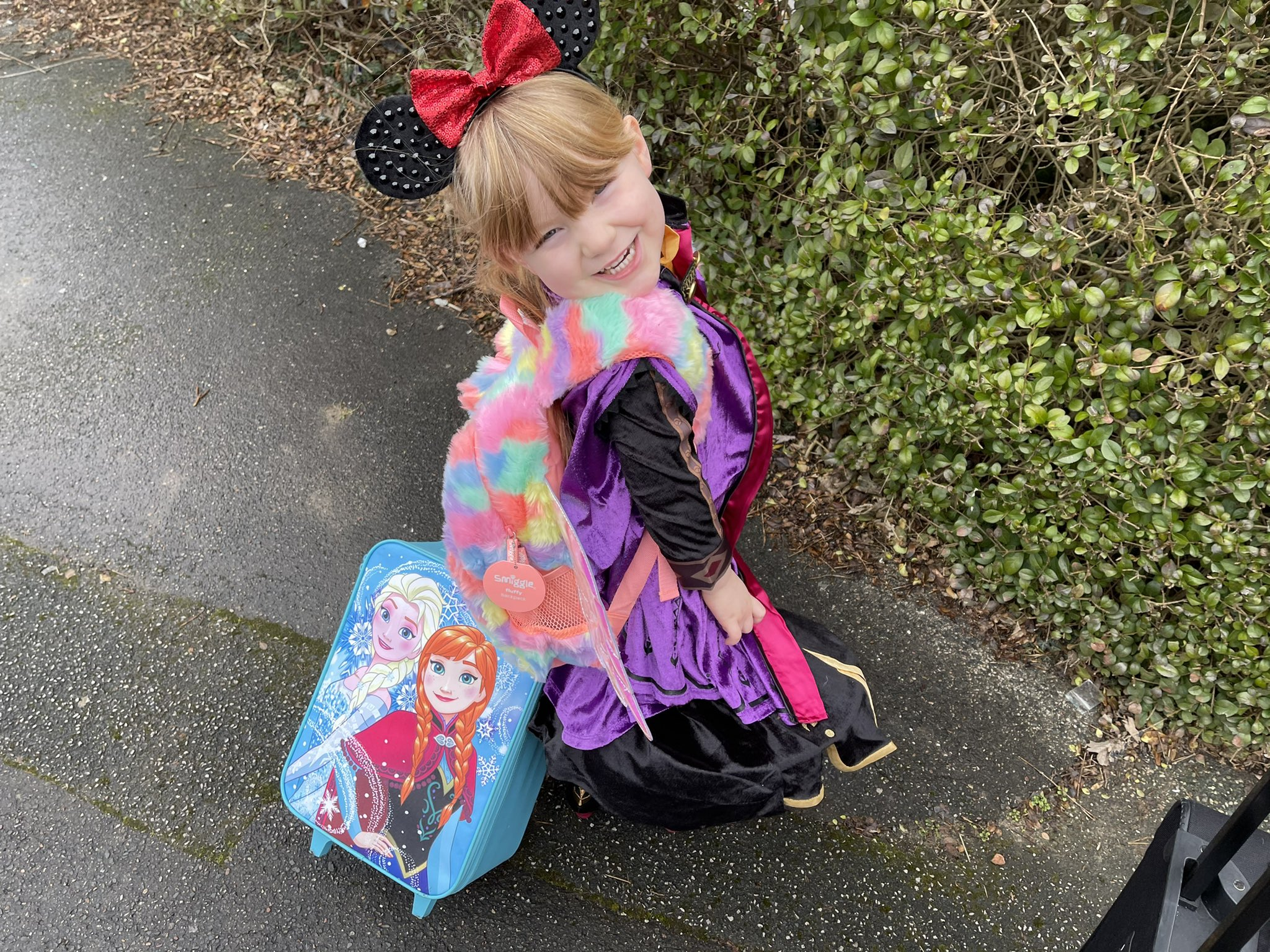 Scarlett Hodgson on her walk tot the 'airport'