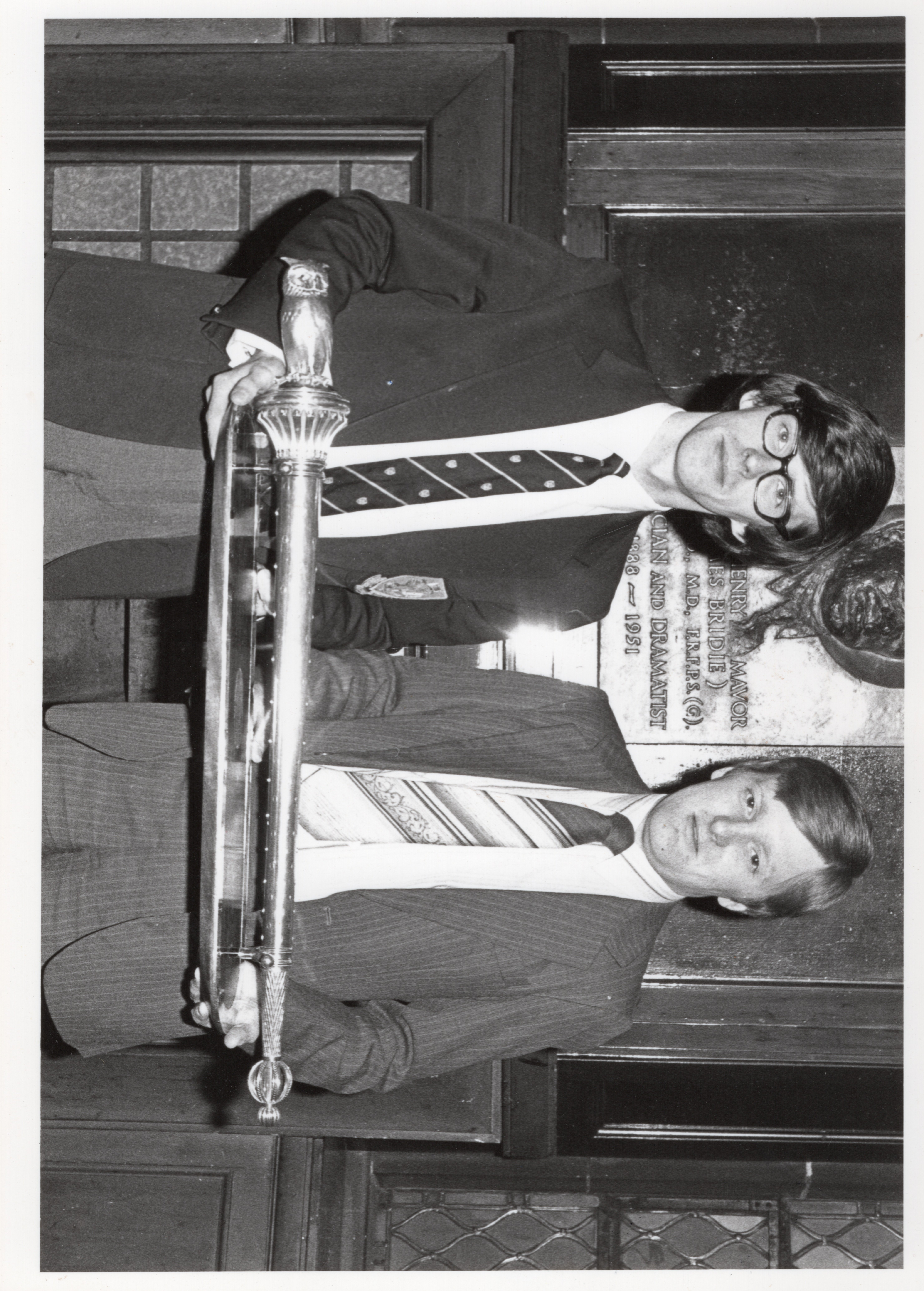 Clark McGinn (left) with Charles Kennedy (right) and the Observer Mace in 1982